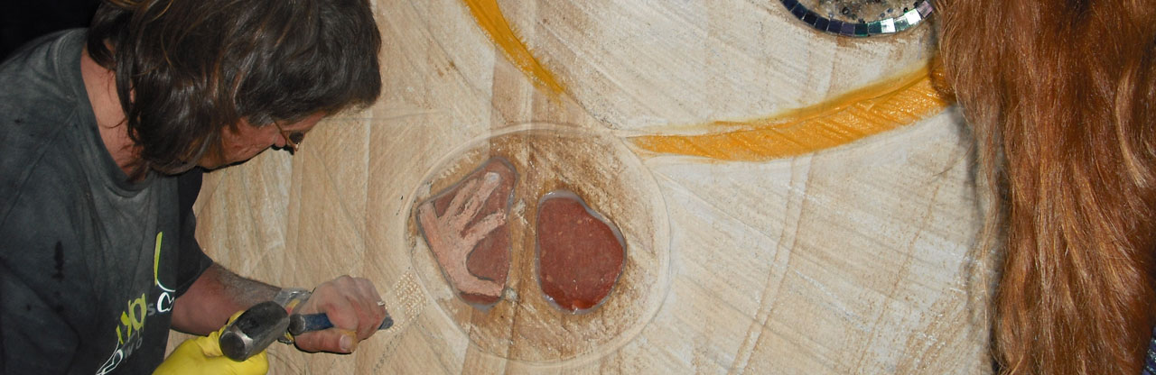 Ben-Carving-Heart-Yellow-Wanjina